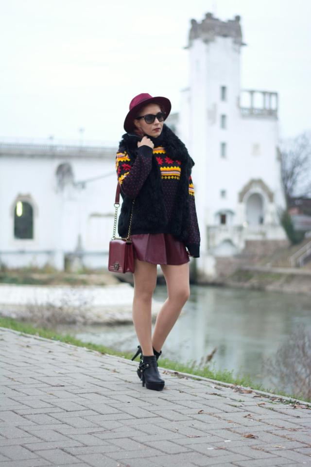 leather skirt burgundy