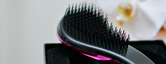 wet hair comb