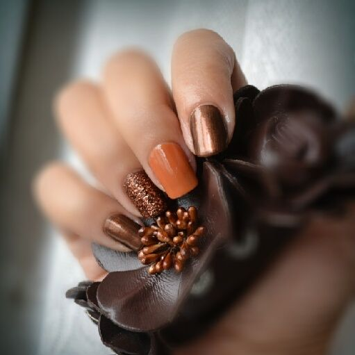 metallic brown nails