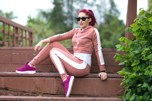 woman wearing tracksuit