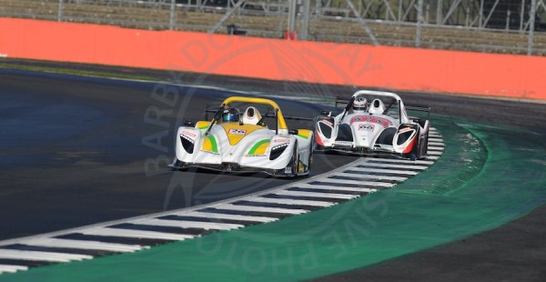 Guyana's Kristian Jeffrey pictured leading Britain's Brian Caudwell at Rockingham.