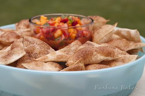 Strawberry-Mango-Salsa-With-Cinnamon-Tortilla-Chips