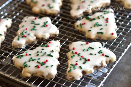 Cinnamon-Chip-Shortbread-Cookies