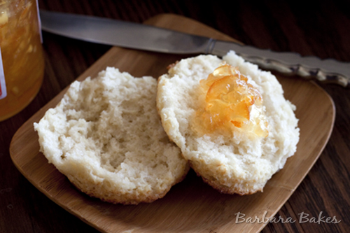 Buttermilk-Biscuits-with-jam