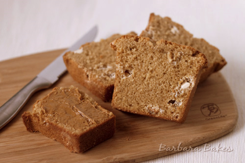 Biscoff-White-Chocolate-Chip-Bread-4-Barbara-Bakes