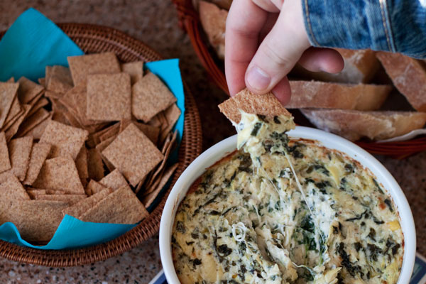 Wheat-Thins-Crackers-Spinach-Dip-Barbara-Bakes