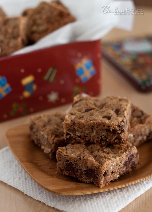 Featured Image for post Granola Chocolate Chip Toffee Bars