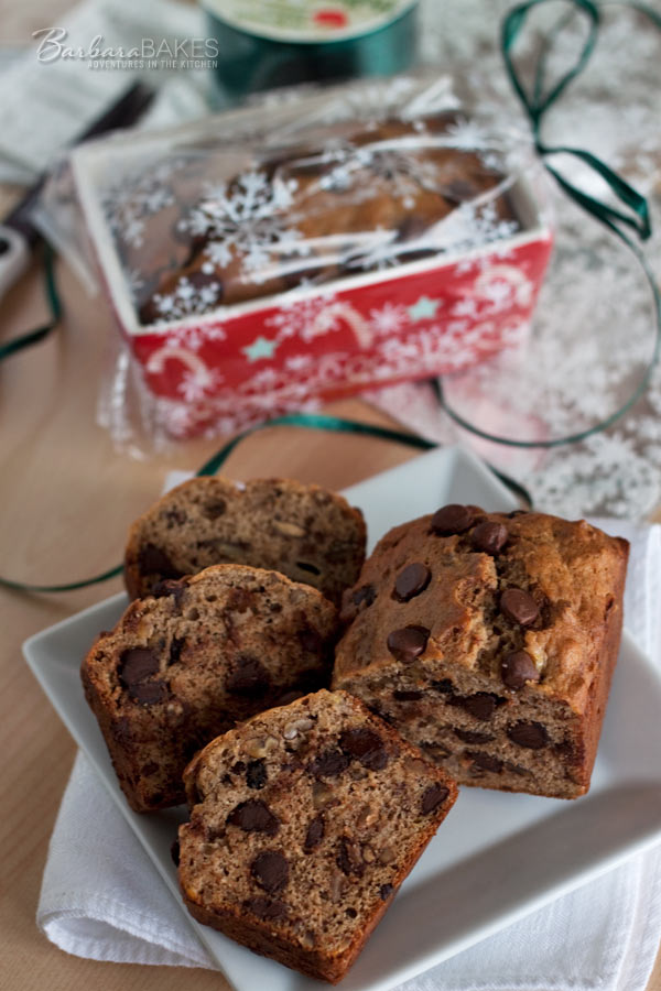 Brown Sugar Banana Bread with Pecans and Chocolate Chips @BarbaraBakes.com