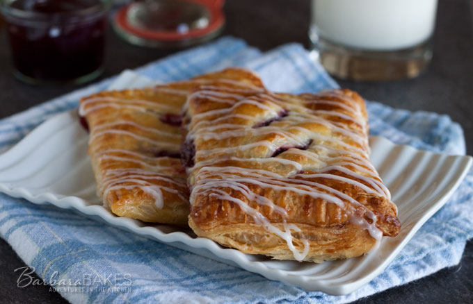 Featured Image for post Puff Pastry Raspberry Hand Pies