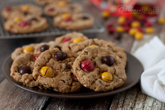 Featured Image for post Flourless Peanut Butter Chocolate Chip Cookies