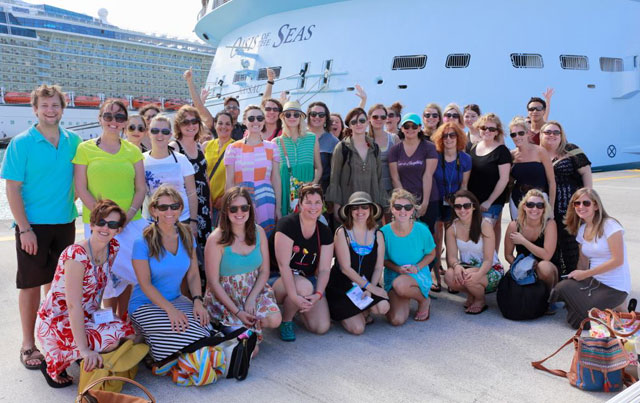 Group-Picture-Click-Cruise-Caribbean-