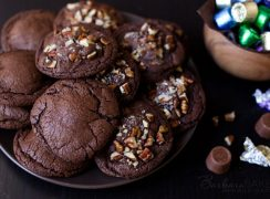 Featured Image for post Chocolate Caramel Rolo Cookies