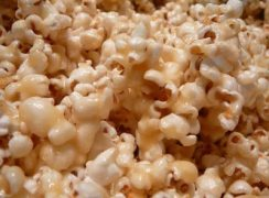Featured Image for post Caramel Corn for the Ultimate Super Bowl Party Recipe Smack Down
