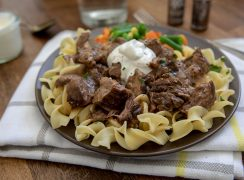 Round-Steak-with-Gravy-and-Noodles-Barbara-Bakes-1