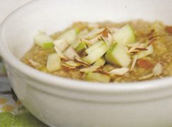 Featured Image for post Apple Cinnamon Steel Cut Oats