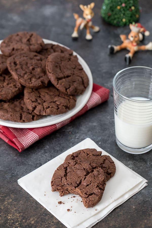 platter of chocolate shortbread cookies