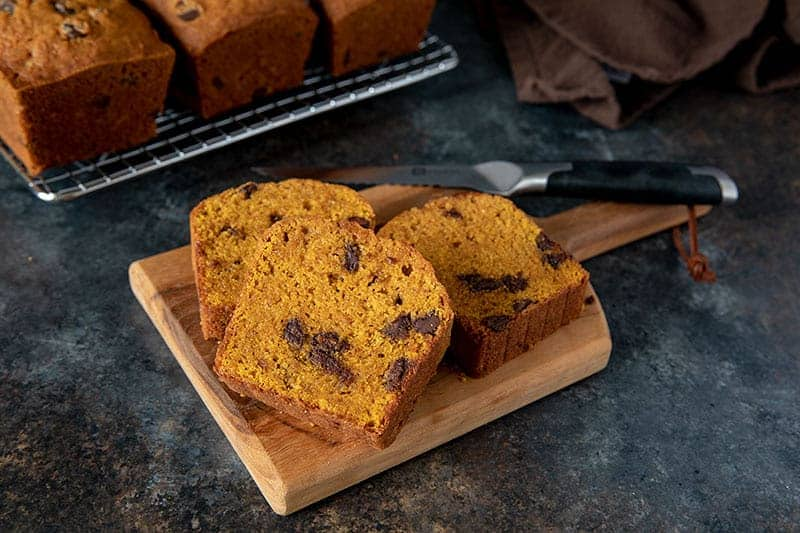 Featured image of Pumpkin Chocolate Chip Bread