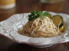 Featured Image for post Linguine in Lemon Cream Sauce