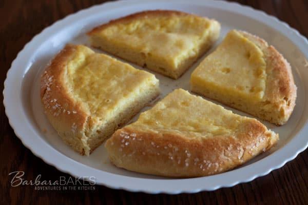 Featured Image for post Gâteau à la Crème: a French Brioche Pastry with Lemon Cream Filling