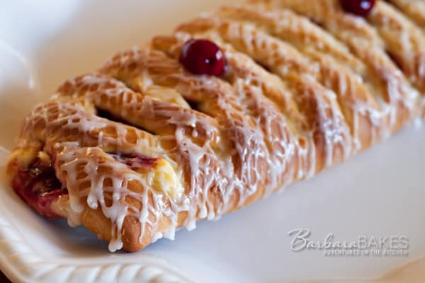 Featured Image for post Cherry 'n Cheese Lattice Coffeecake