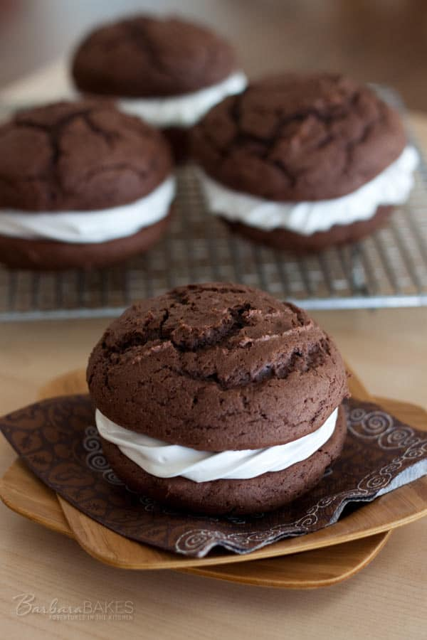 Featured Image for post Chocolate Egg Nog Whoopie Pies