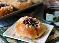 Featured Image for post Moravian Kolaches - Double Filling Kolaches