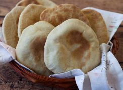 Featured Image for Whole Wheat Pita Bread Recipe