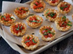 Featured Image for post Margherita Pizza Phyllo Bites