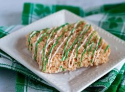 Featured Image for post St. Patrick's Day Rice Krispie Treats