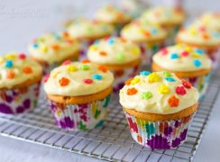 Featured Image for post Orange Creamsicle Cupcakes