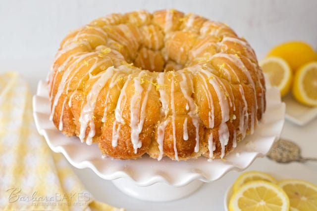 Featured Image for post Overnight Lemon Monkey Bread