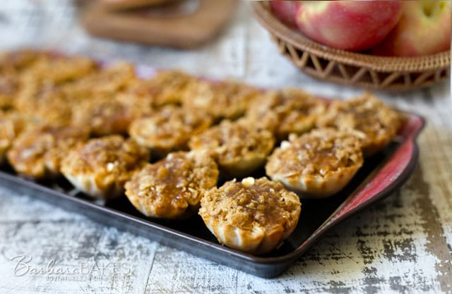 Featured Image for post Dutch Caramel Apple Pie Bites