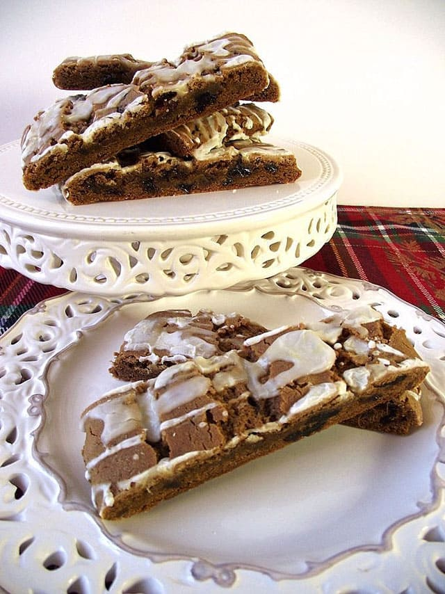 """If you love all the warm spices of fall--ginger, cinnamon and cloves--these scrumptious Spicy Hermit Bars are the \""""cookie\"""" for you."""