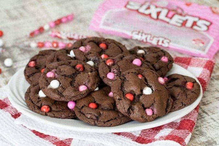 Featured Image for post Fudgy Chocolate Sixlets Cookies
