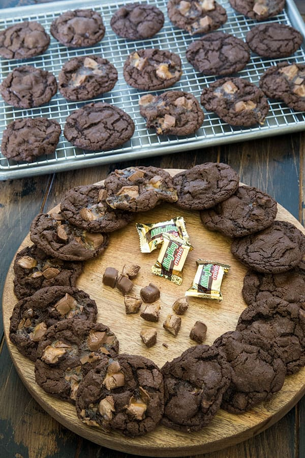 If you're a Milky Way candy bar lover like me, you're going to love these Triple Chocolate Milky Way Cookies.