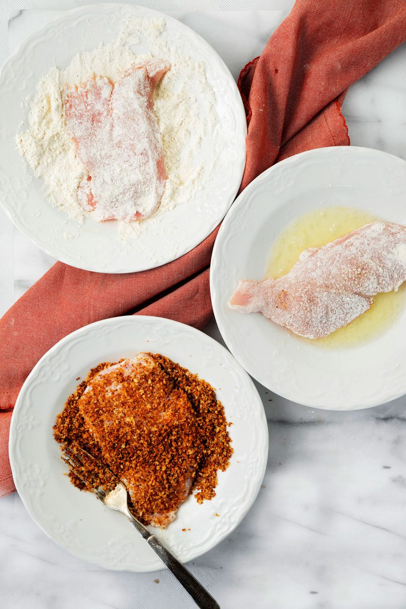 steps to bread chicken cutlets with egg whites and toasted panko