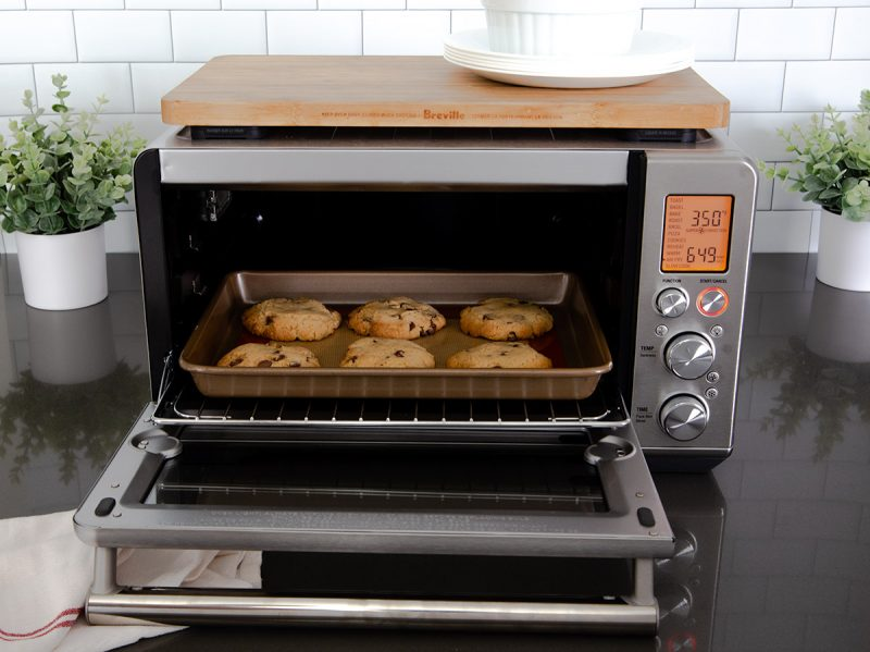 Baking cookies using the air fryer function in the Breville Smart Oven Air Fryer