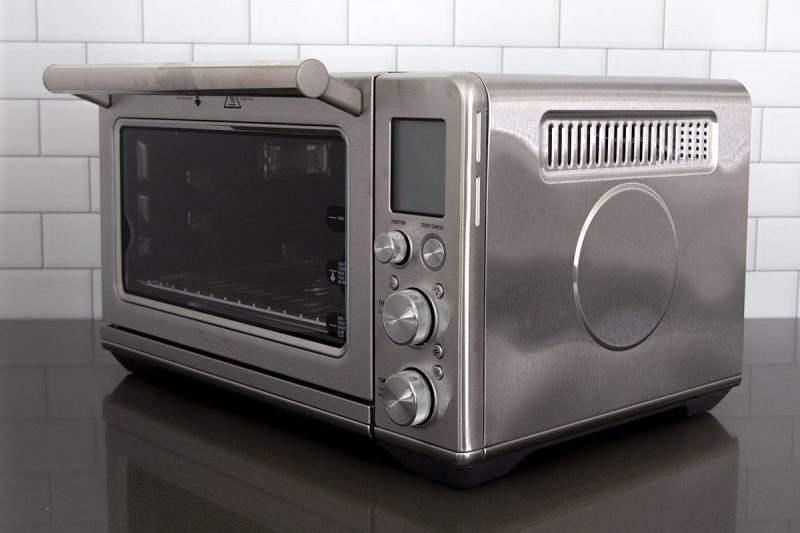 45 degree angle picture showing the air vents on the side of the Breville Smart Oven Air Fryer