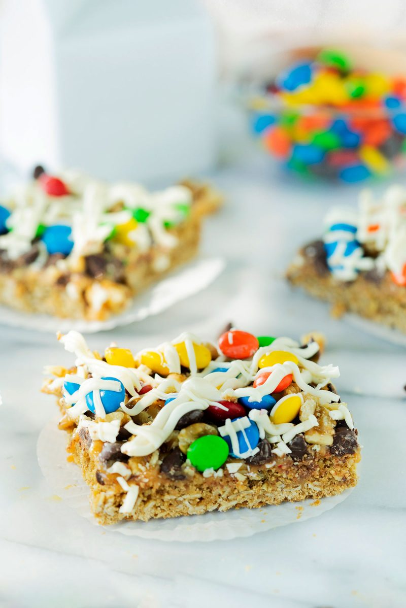 oatmeal bar cookies with white chocolate and m&m candies