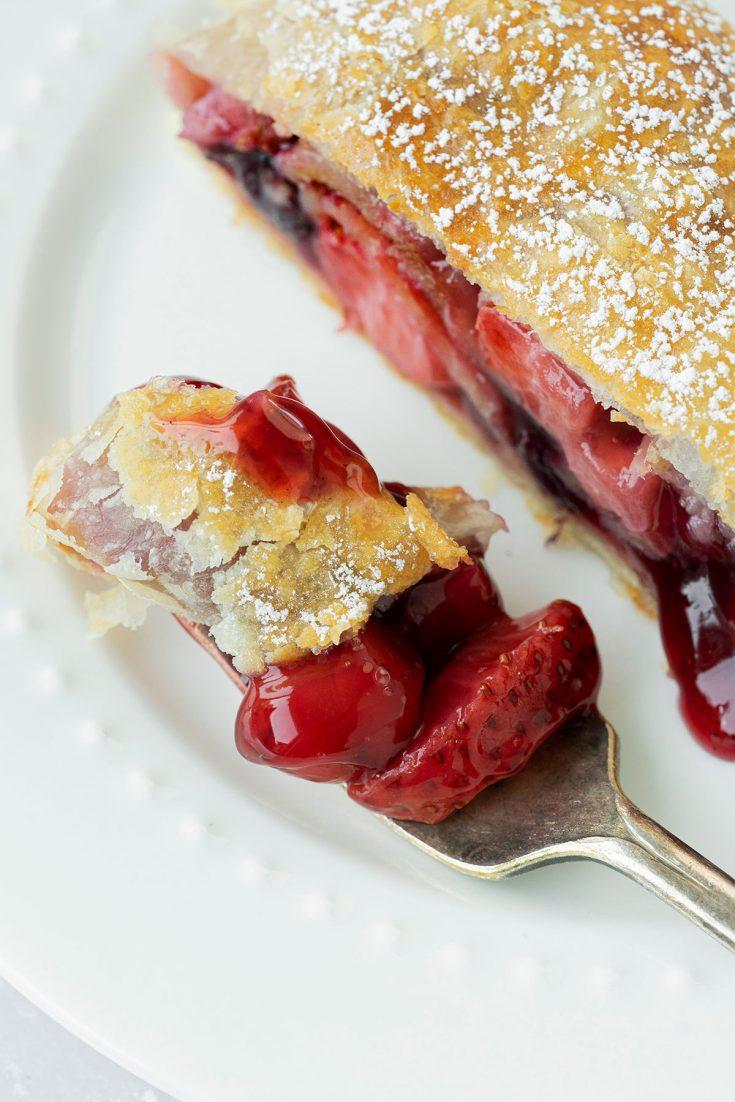 Berry-Apple Strudel