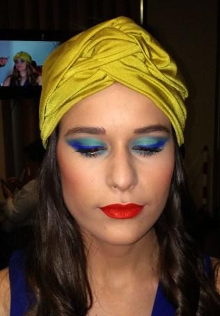 eternity shadow lipstick cazcarra ten image modelo maquillaje tendencia 2016 primavera verano azul aguamarina turquesa eyeliner dia noche labios rojo mediterranean soul