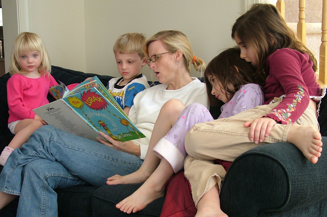 5 Big Reasons to Continue to Read to Your 'Big' Kids