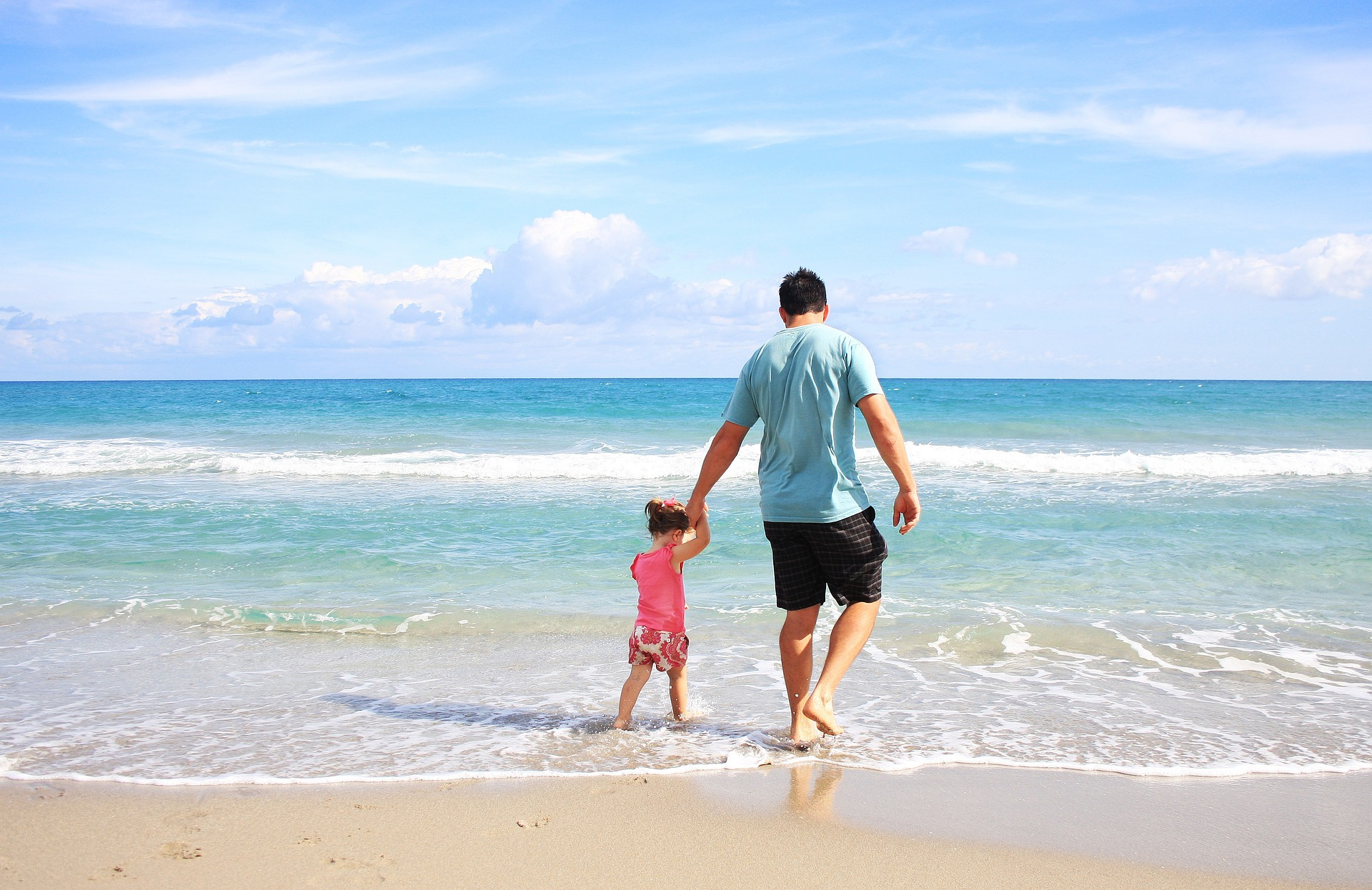 6 Strategies to Help You Unplug on a Family Vacation