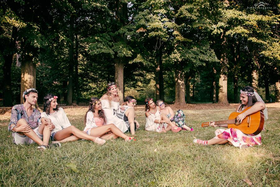 barbara oggero fotografia fotografa di storie addio al nubilato hippy parco figli dei fiori