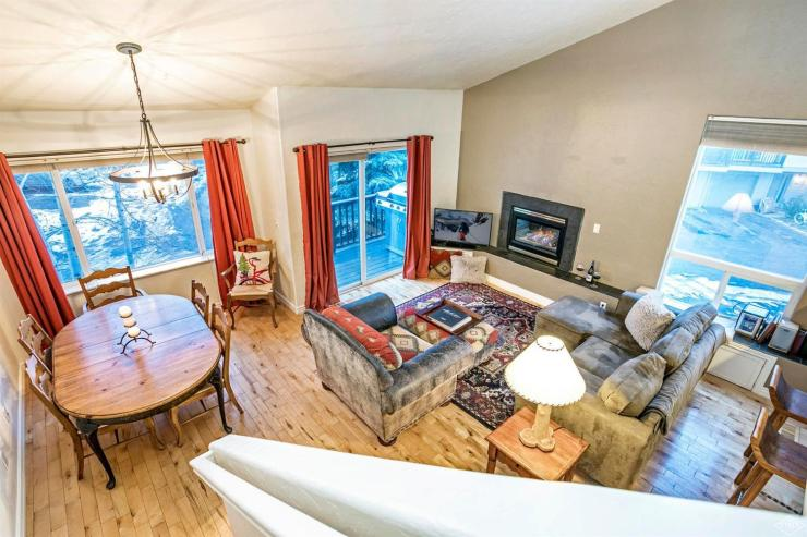 Stags Leap Townhome #A6, Edwards / SOLD $520,000 / 4.23.18 (Photo: LIV SIR)