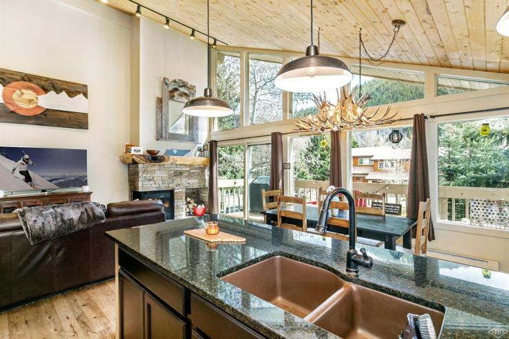 339 Deer Boulevard #A, EagleVail / SOLD $685,000 / 6.6.18 (Photo: RE/MAX)