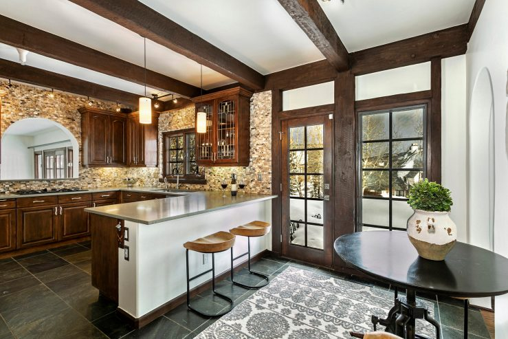 Les Pyrenees #5, Cordillera / SOLD $985,000 / 8.11.2020 (Seller Represented; Photo Provided by LIV SIR)