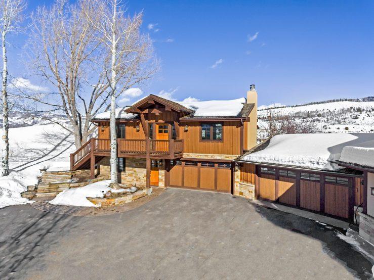 284 Eagle Crest Dr, A, Lake Creek / SOLD $1,525,000 / 6.10.2020 (Seller Represented) Photo: LIV SIR