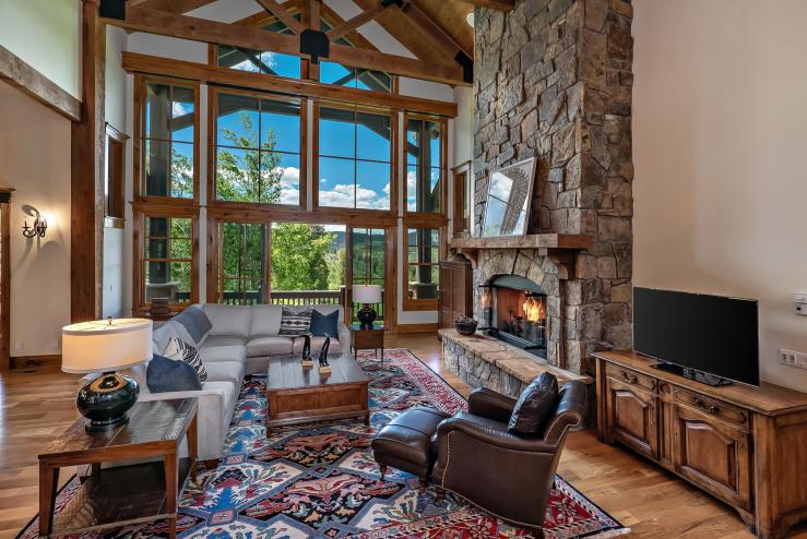 2404 Fenno Drive, Cordillera / SOLD $2,100,000 / 8.14.2020 (Seller Represented; Photo Provided by LIV SIR)