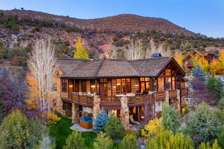 36 Pinnacle Point, Cordillera Valley Club / SOLD $2,855,000 on 2.24.21 / Seller Represented (Photo: LIV SIR)